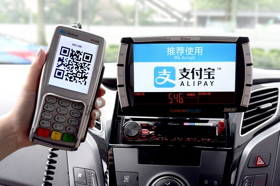 ComfortDelGro Accepts Alipay On Board All Its Taxis