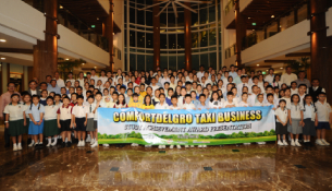 Children Of ComfortDelGro Taxis' Cabbies Get Over $115,000 In Study Achievement Awards