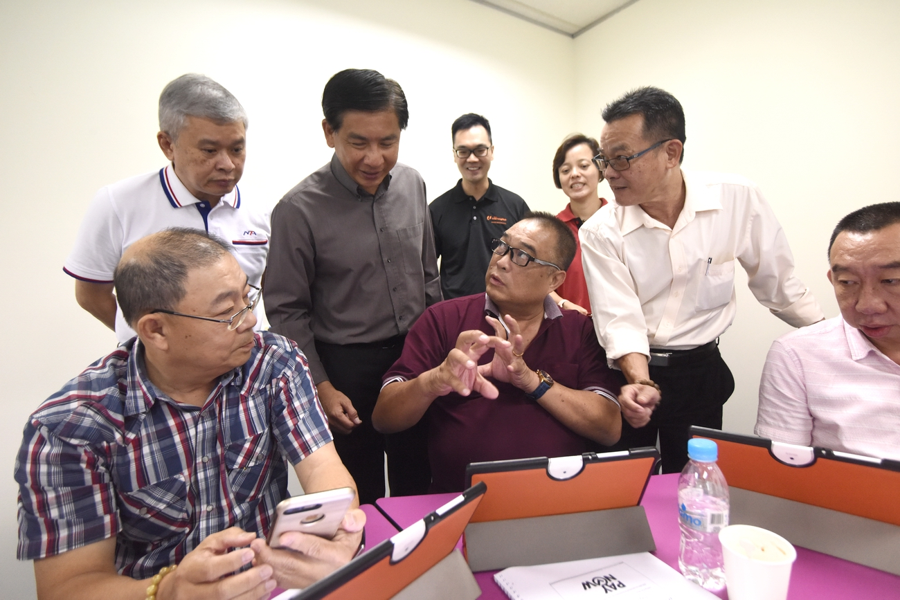 National Taxi Association and ComfortDelGro Taxi Form Training Committee for Cabbies; Target 10,000 Cabbies For Digital Training