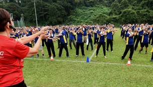 1,000 ComfortDelGro Cabbies Participate in Mass Workout to Keep Fit