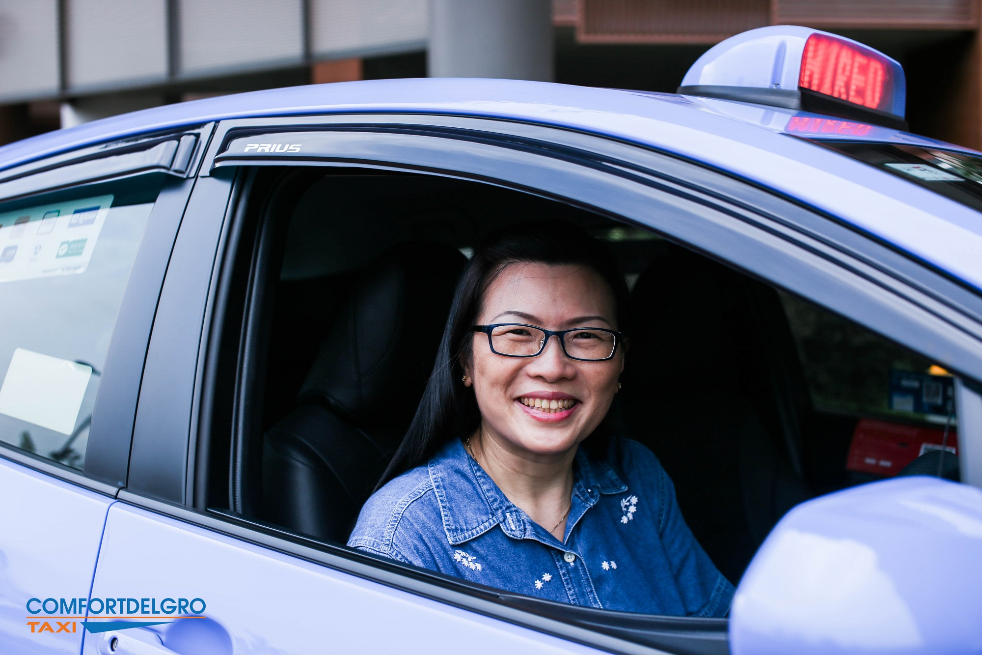 Meet Cabby Carol Cheong, one of our female cabbies in ComfortDelGro Taxi.