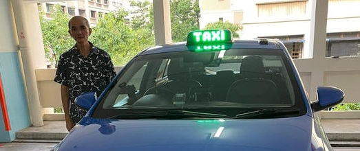 Any passenger taking Cabby Lim Hong Kiong's cab may get more than a ride – a free meal!